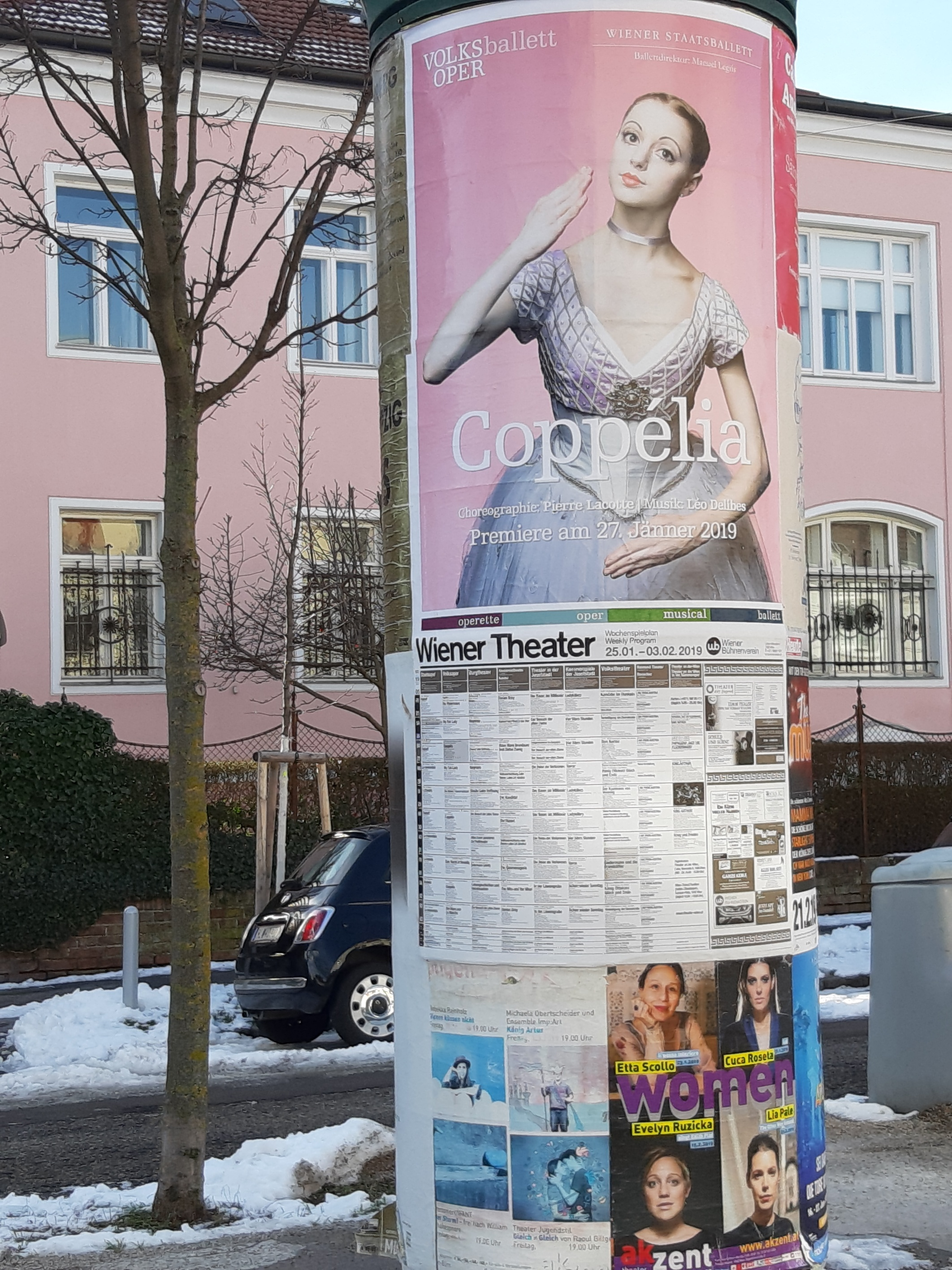 Volksoper's advertising campaign all over town (January 2019)