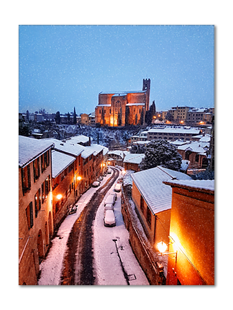 Falling snow on San Domenico church