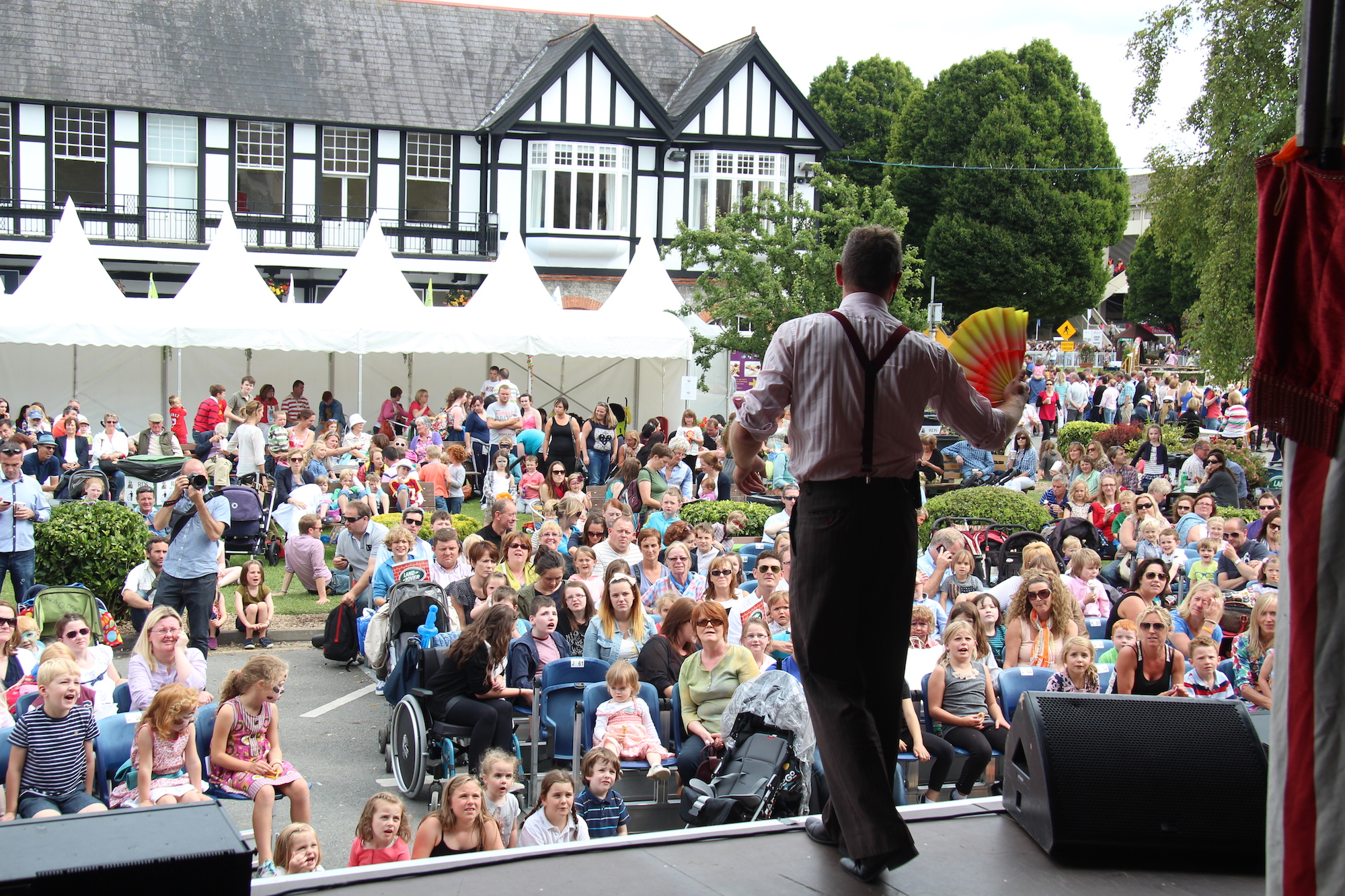 Dublin Children's Party Magician and Entertainer Billy Bubbles.JPG
