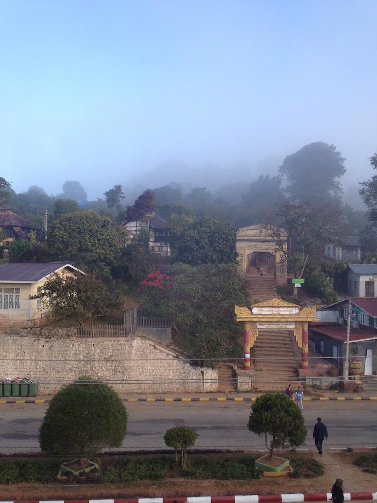myanmar_kalaw_town-in-the-mist.jpg