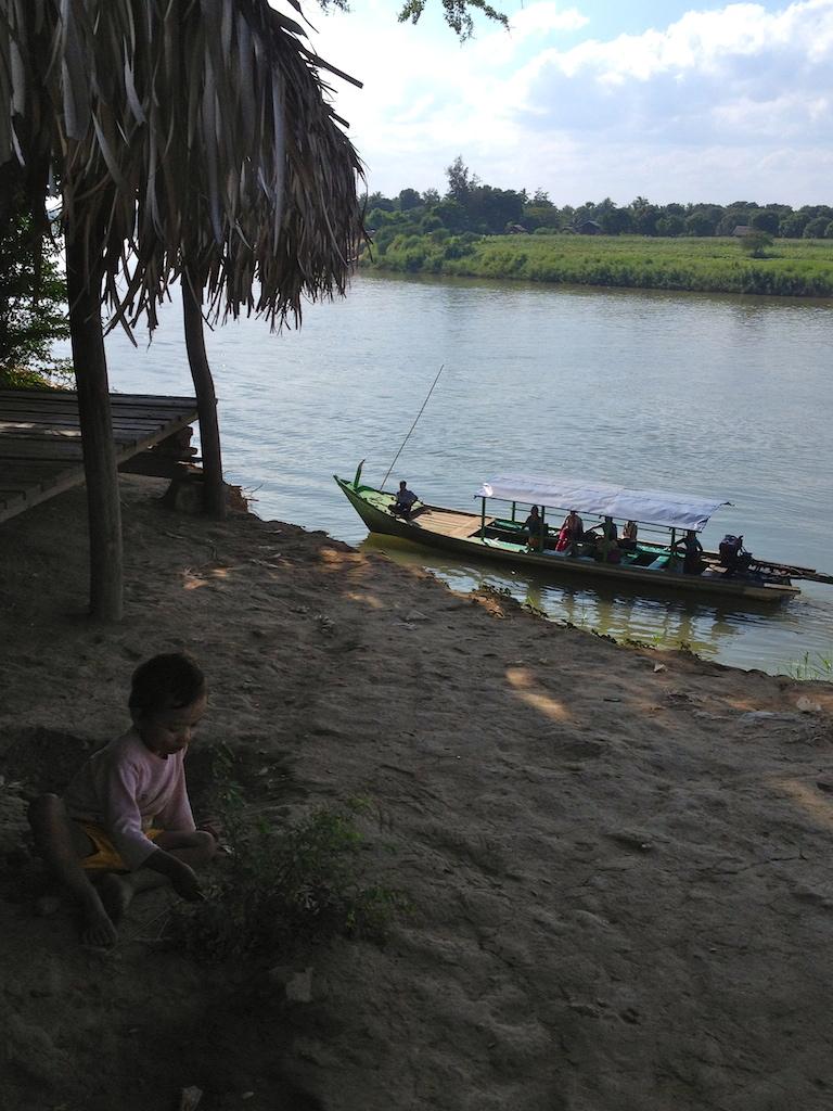 myanmar_mandalay_inwa-boat-ride.jpg