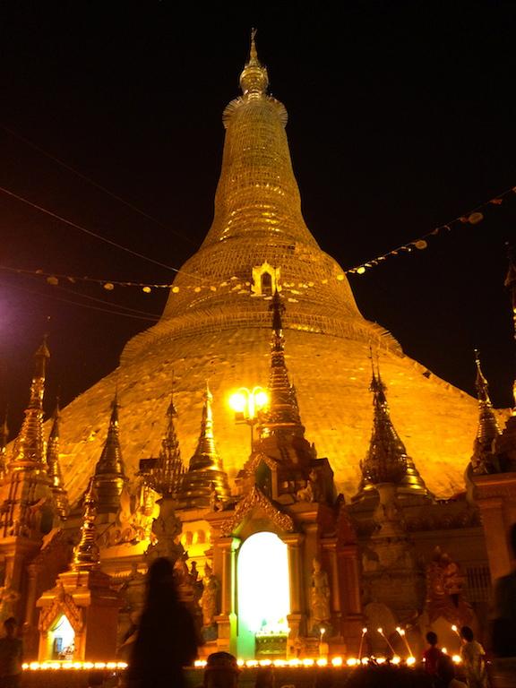 myanmar_yangon_shwedagon-golden-stupa.jpg