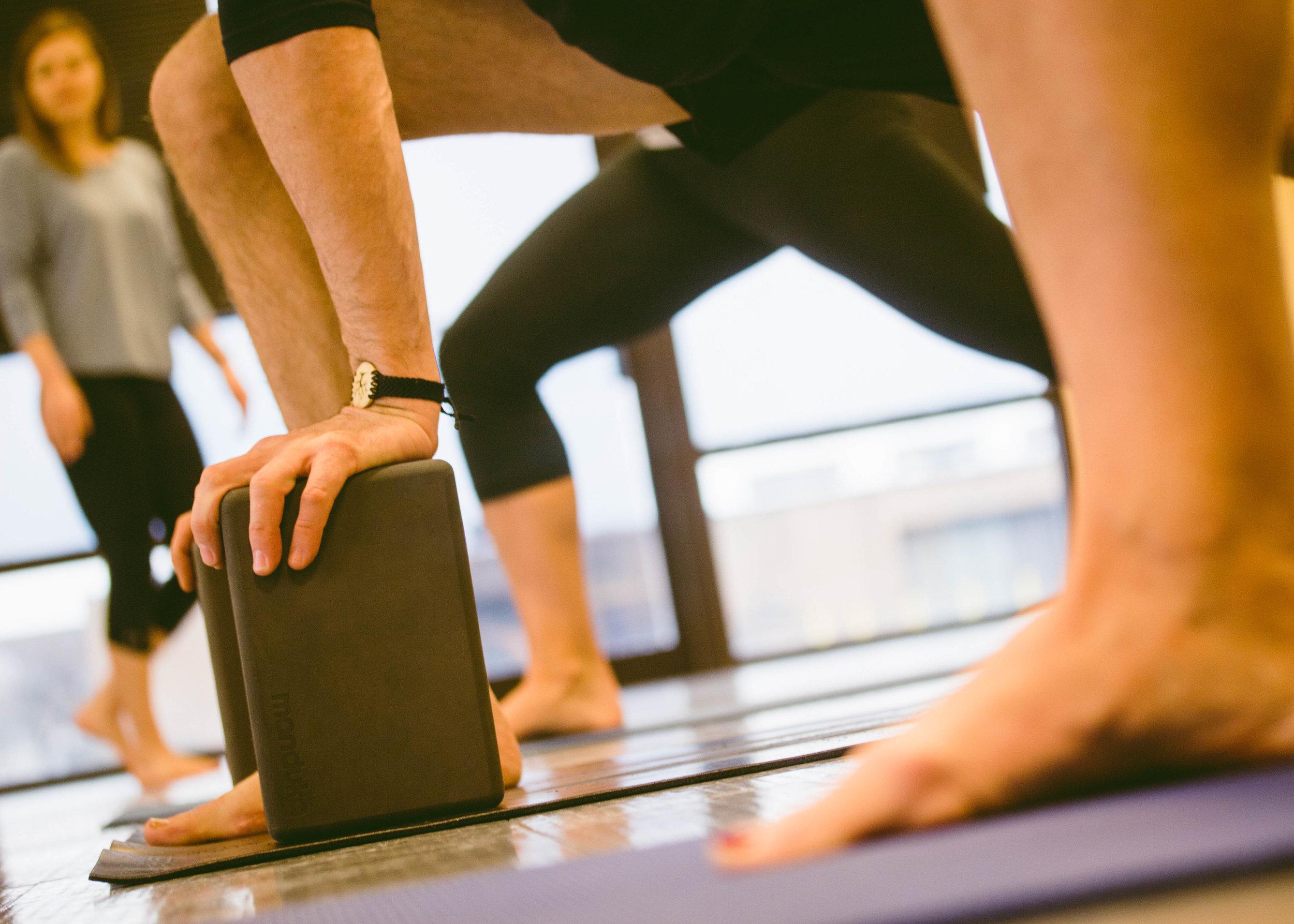 yoga-studio-photography-class