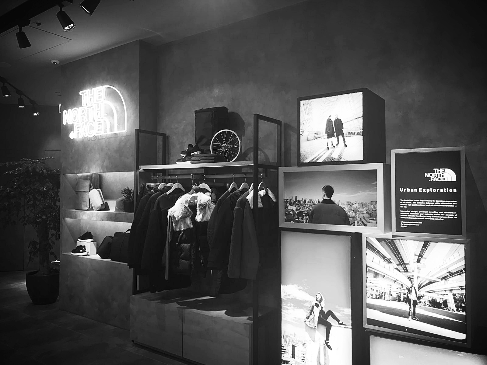 The final product was shown in stores around Hong Kong, showcasing the A/W 2018 capsule collection.