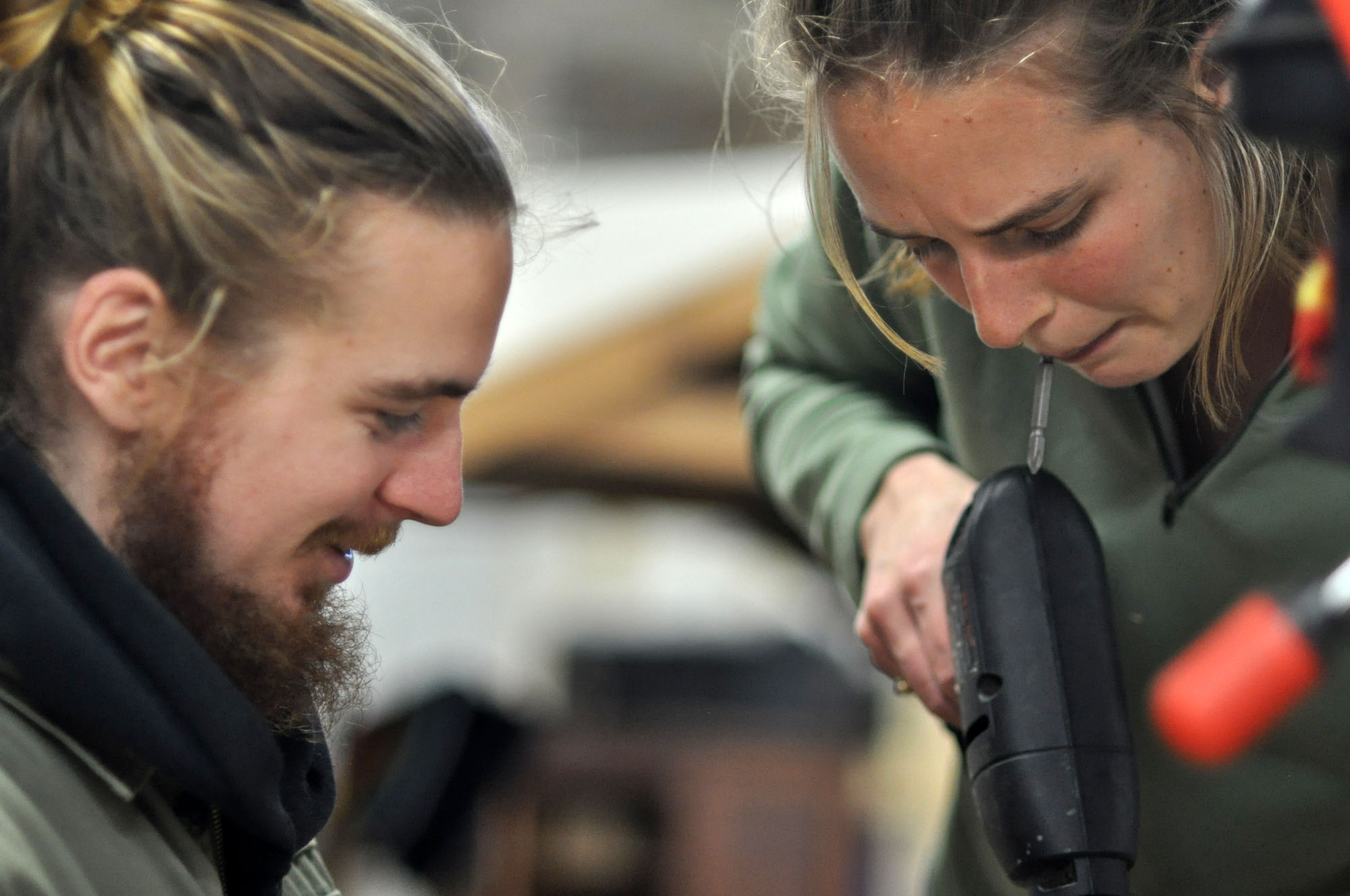 Bar Smith and Hannah Teagle of Maslow CNC work on a project.