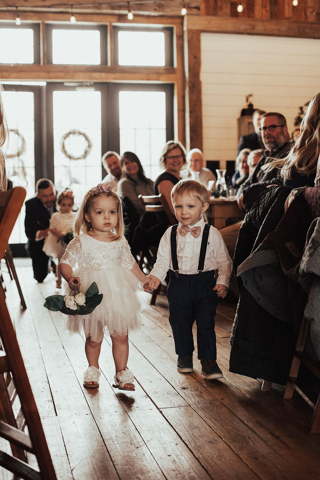How cute are these little ones?! They did such a great job walking down the aisle!