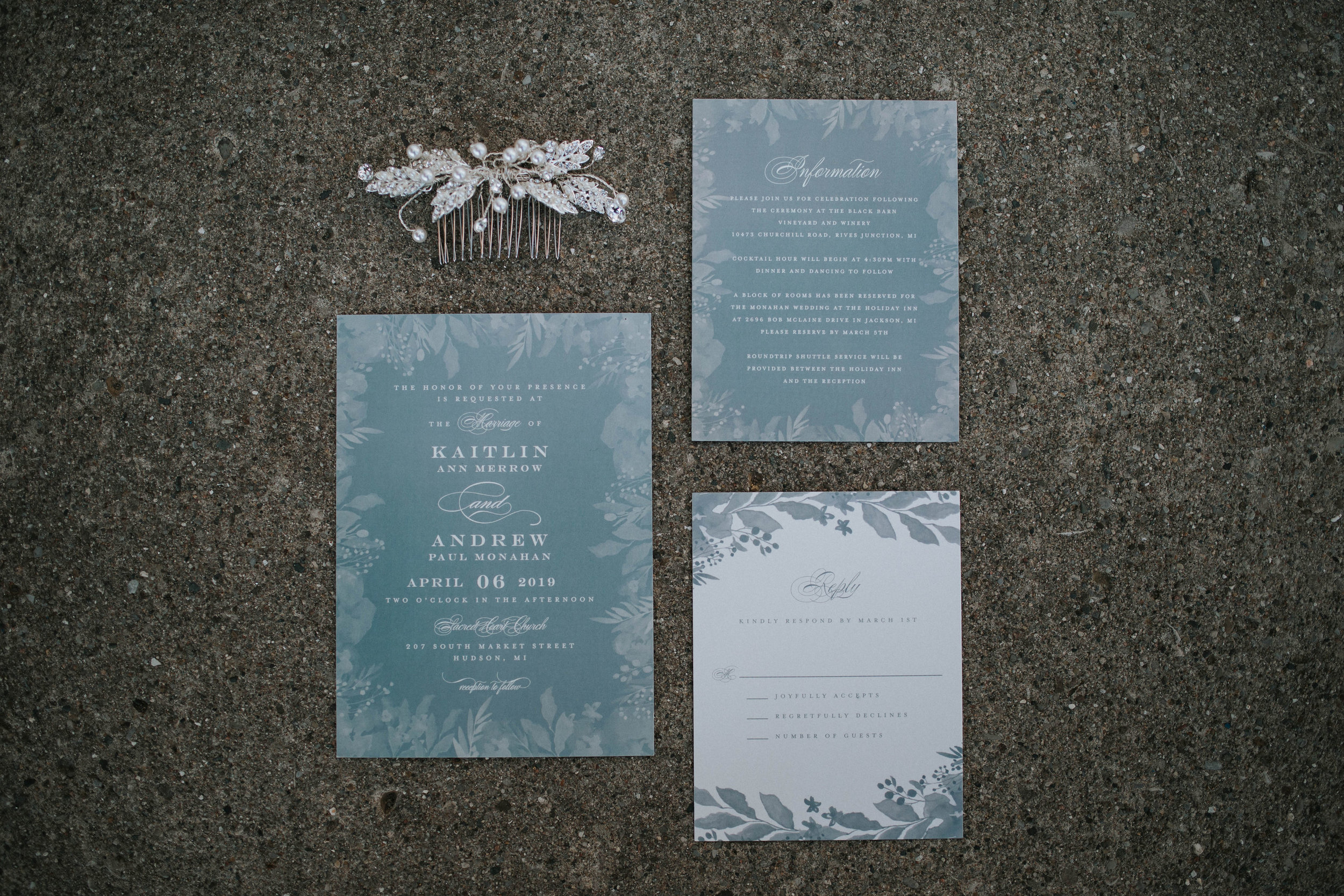 Who doesn't love a good flat lay? Kaitlin's hair clip was the perfect addition to the invitation suite.