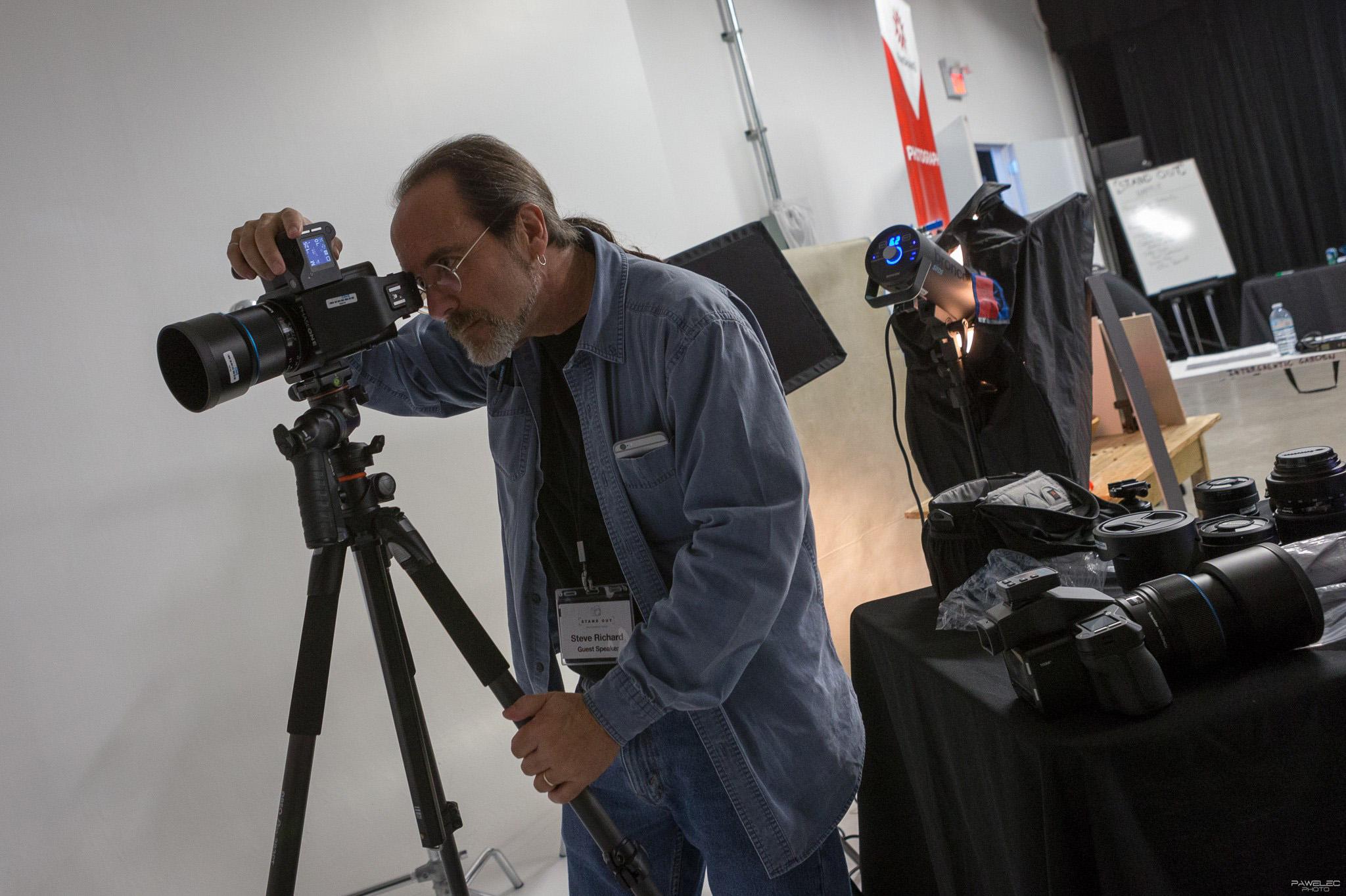 STAND-OUT-Photo-Forum-Toronto-11-10-16-PAWELECphoto-21.jpg