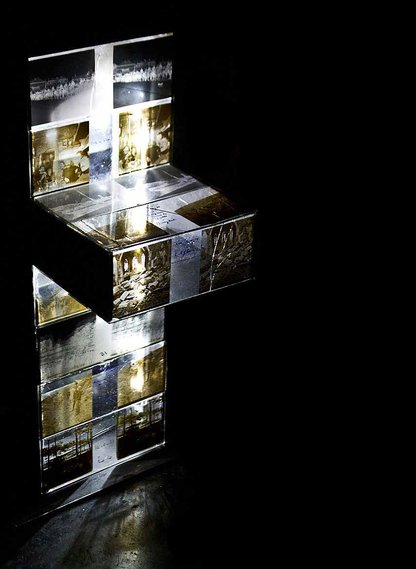 Memorials , 2013 - Exhibition view : solo show, Gallery 8,London - Daguerotypes, steel, polyester resin, LEDs, 43x22x15cm