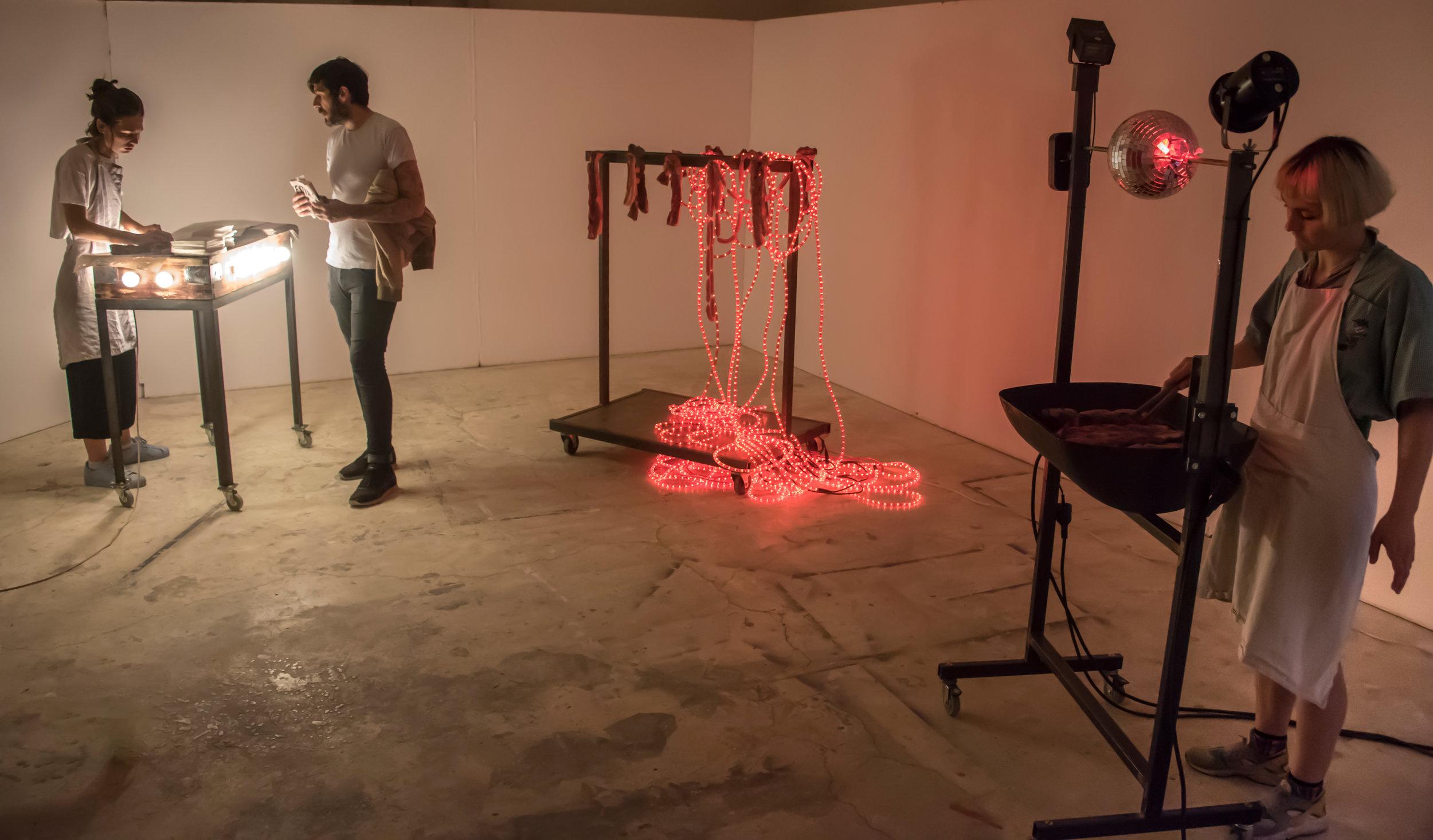 Céleste Richard Zimmermann,  Celestial Grill  2014 - 2016  ,  série de 3 sculptures