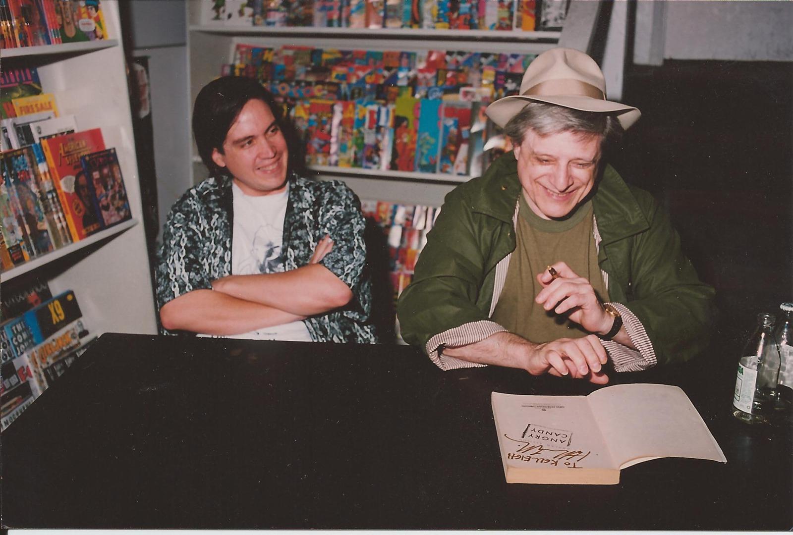 Kelley Jones (l), Harlan Ellison (r)