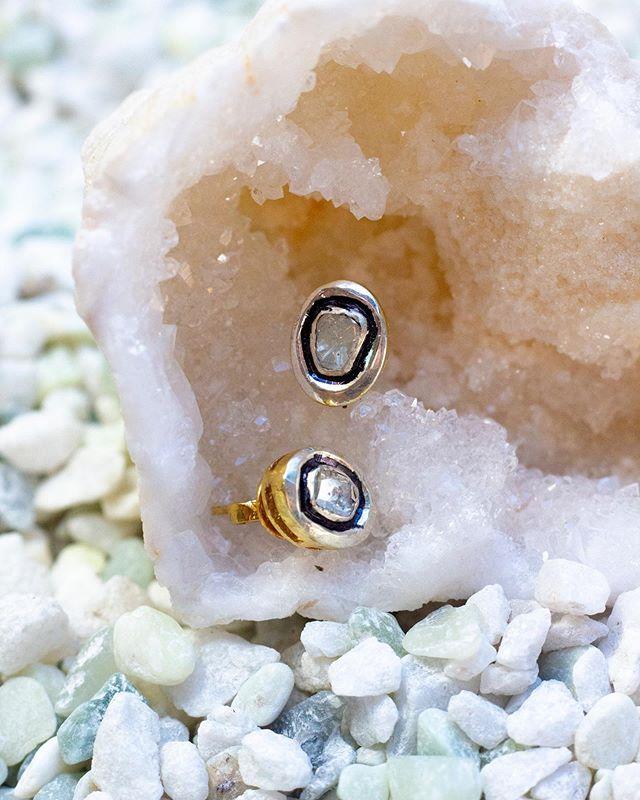Raw diamond studs 🌑✨ 📷: @cbogue.design