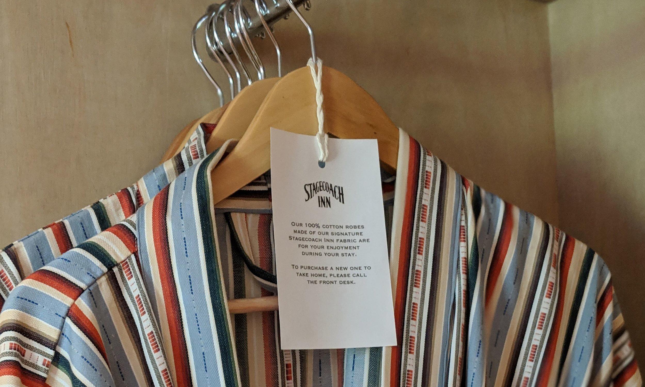 stagecoach-inn-room-robes.jpg