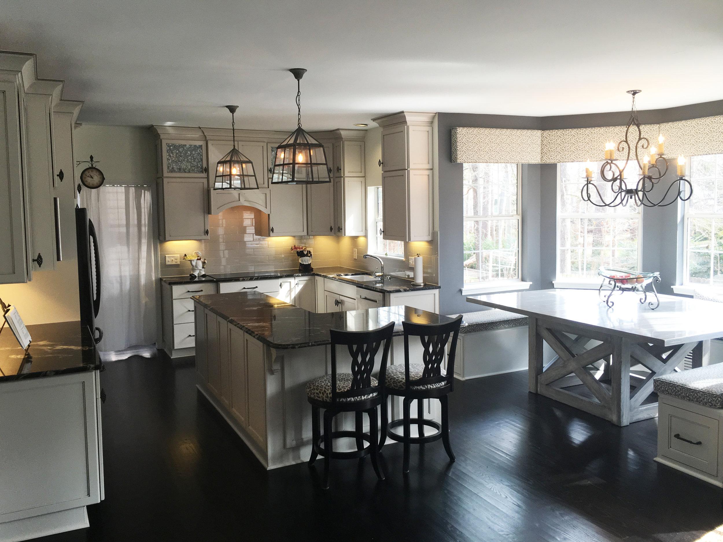 Side_Kitchen.jpg