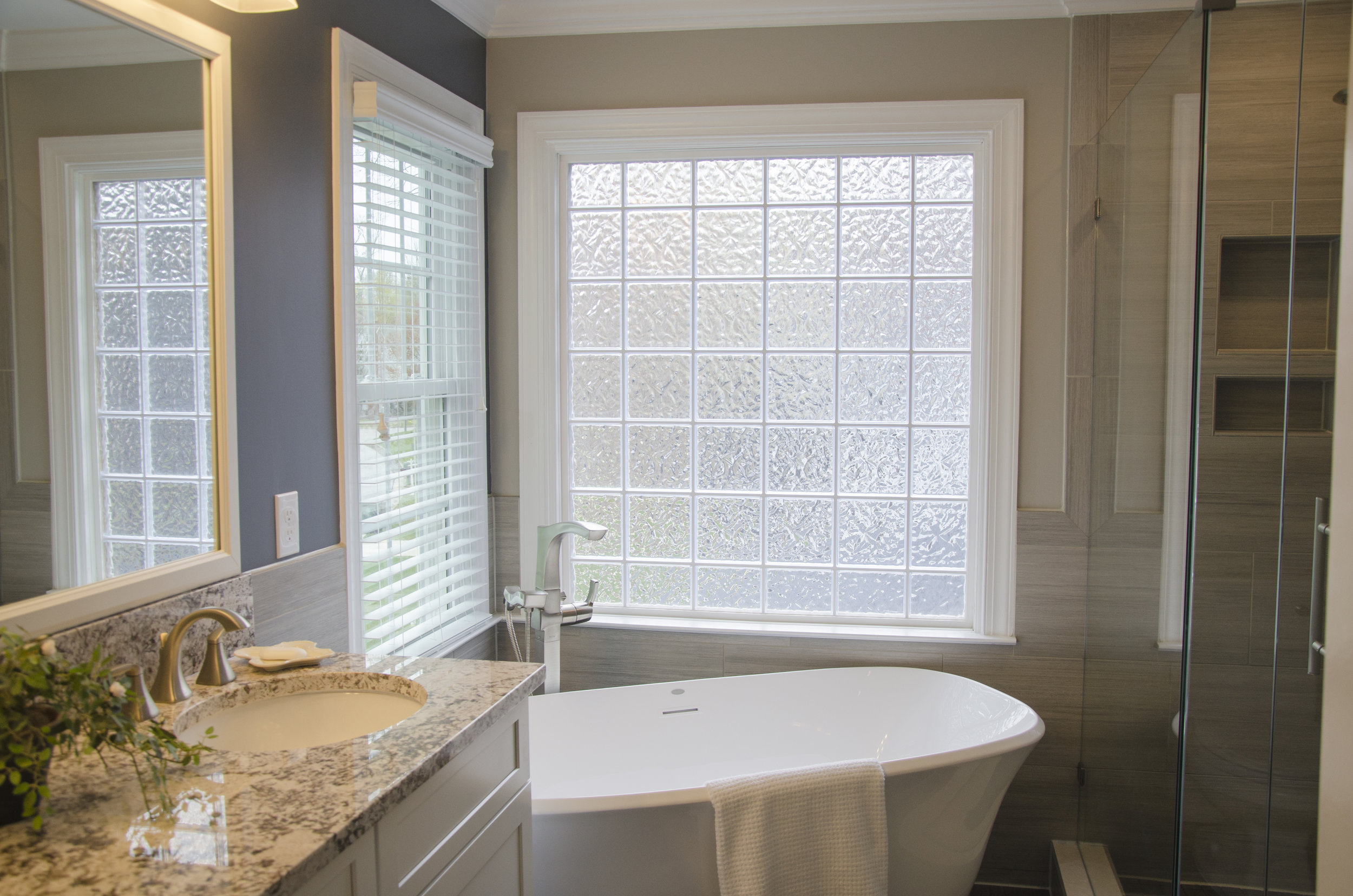 Bathroom_View.jpg
