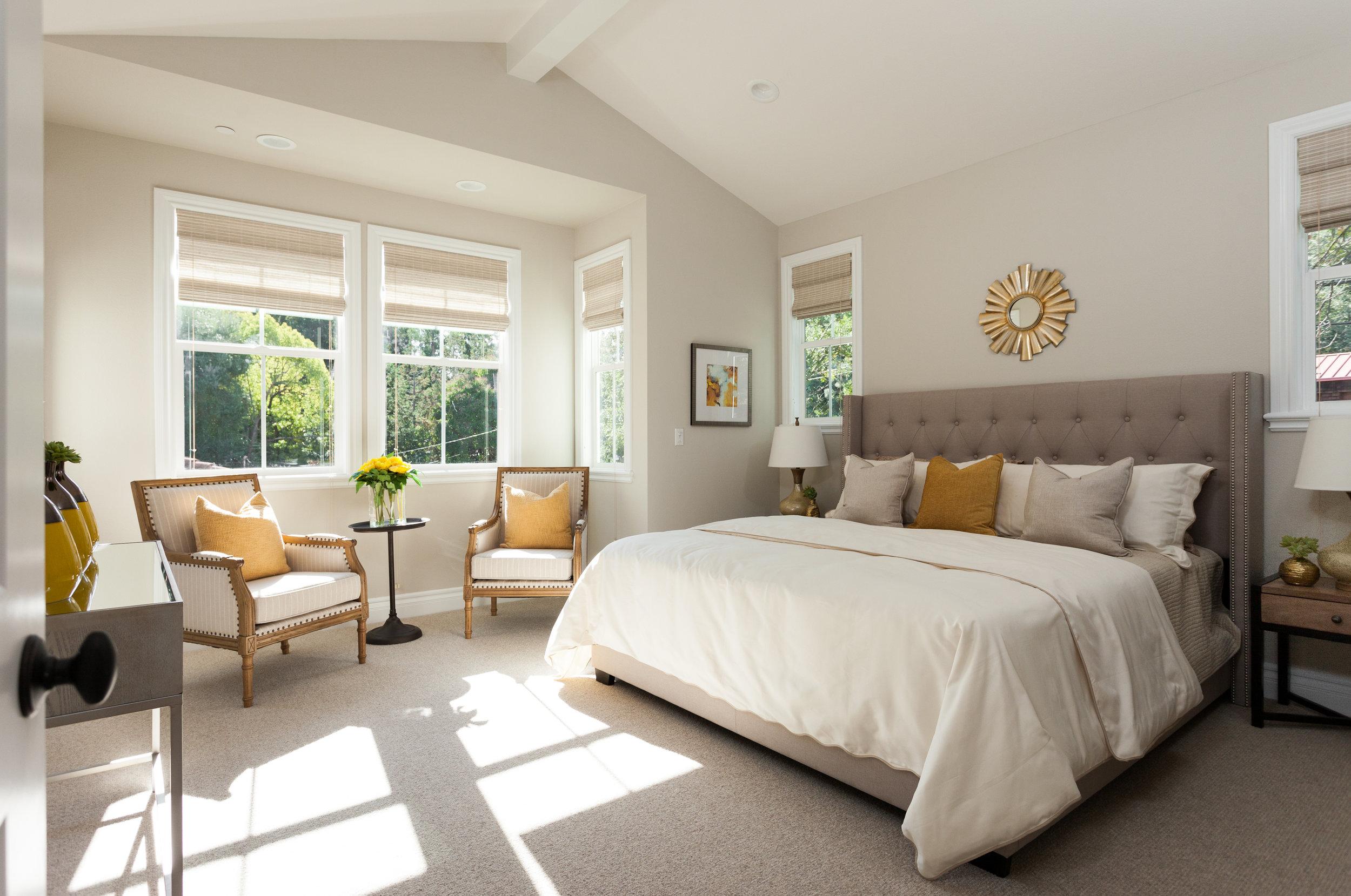 09Master Bedroom.jpg