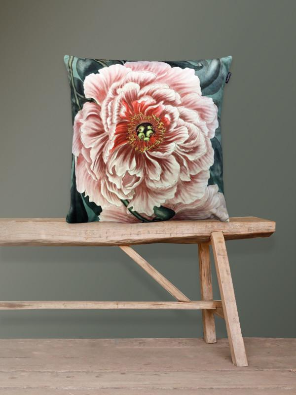Velvet art cushion rose 3.jpg