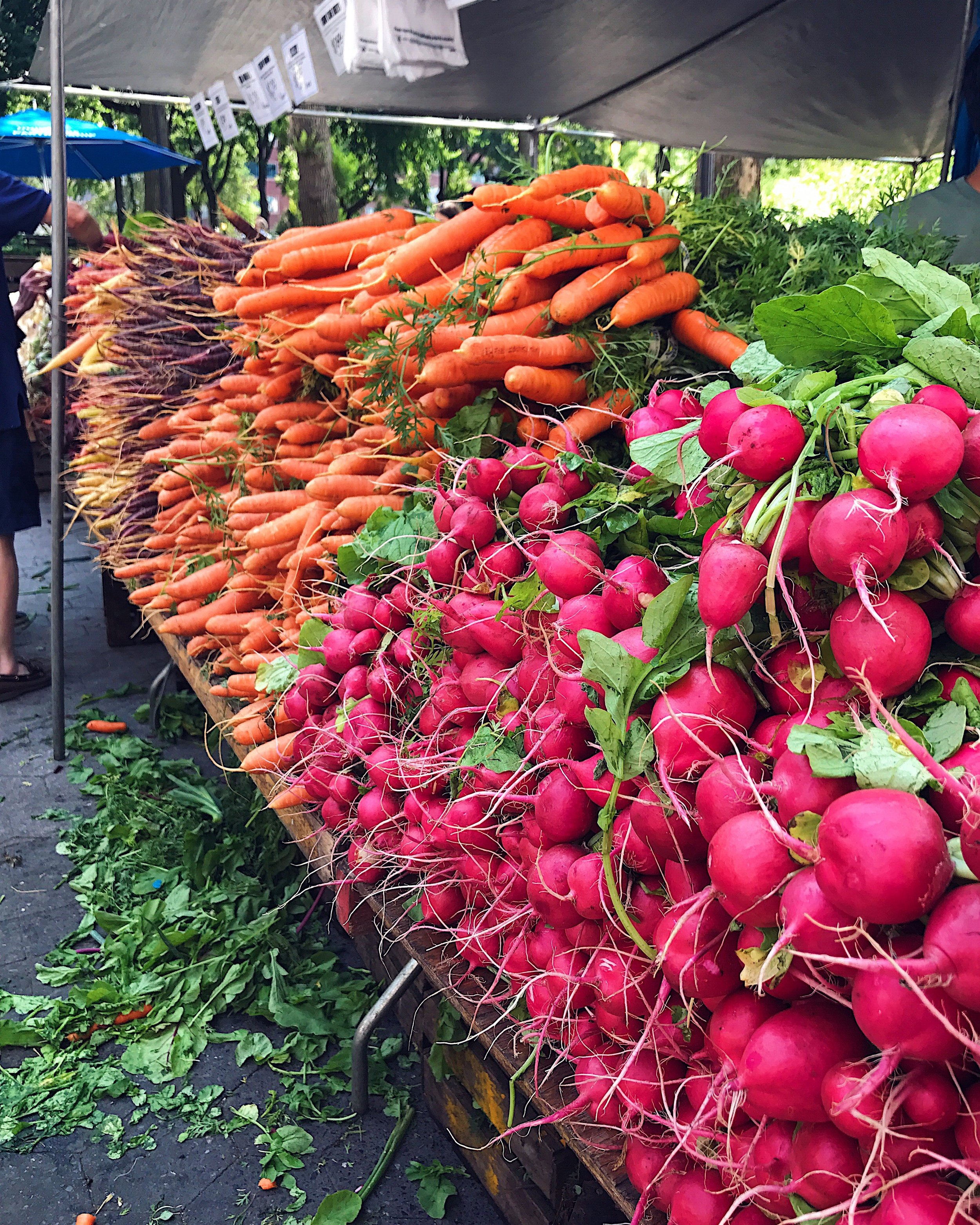 Farmers market. Photo by Rae Ehly