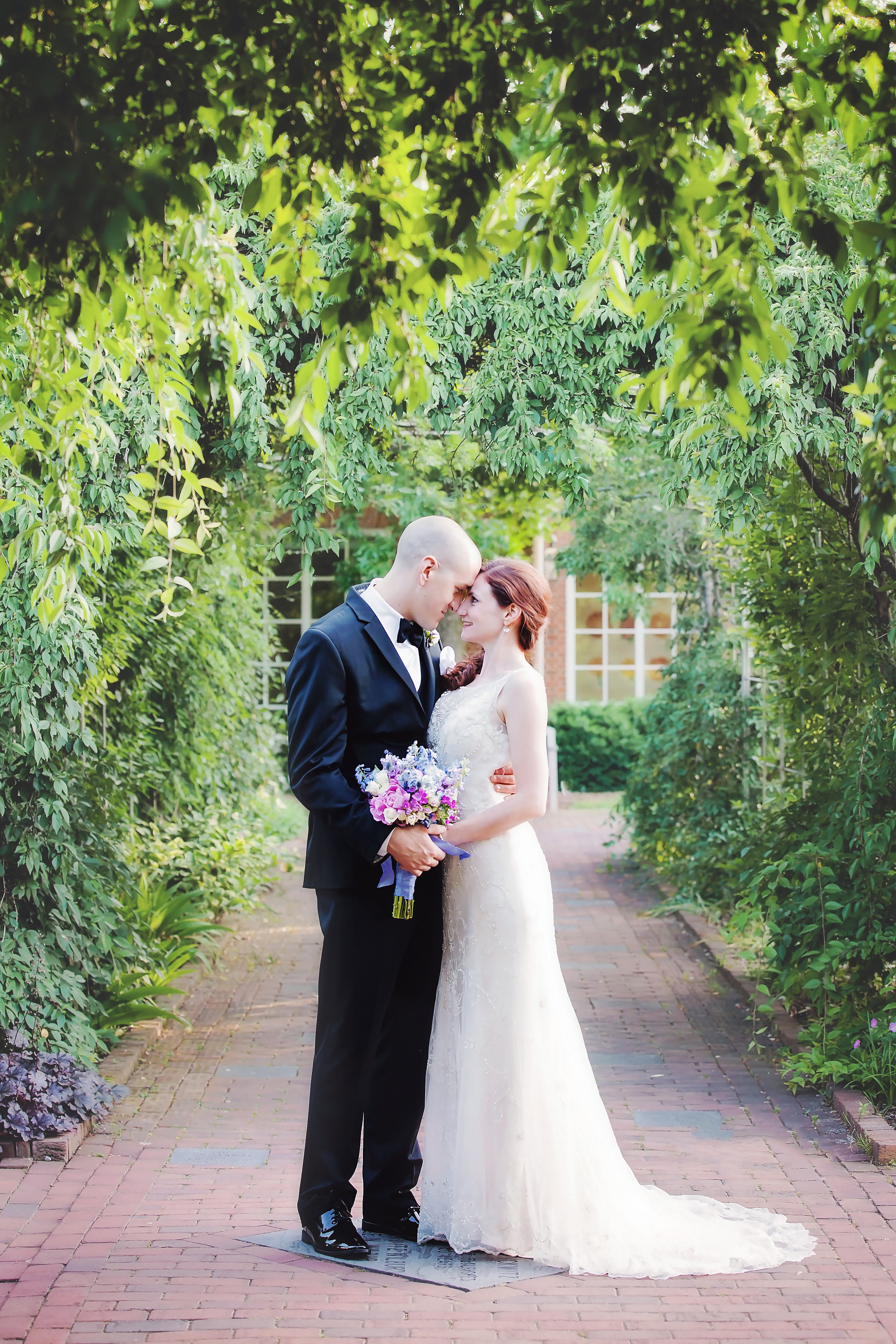 Ashley and Michael Bell's wedding was held this past Spring at Lewis Ginter Botanical Gardens. -