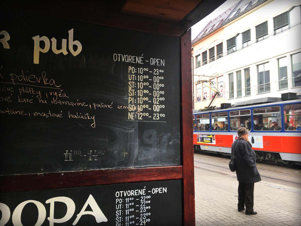 40° | Bratislava - Wintering in Eastern Europe