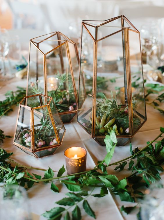 In-Stock Centerpieces