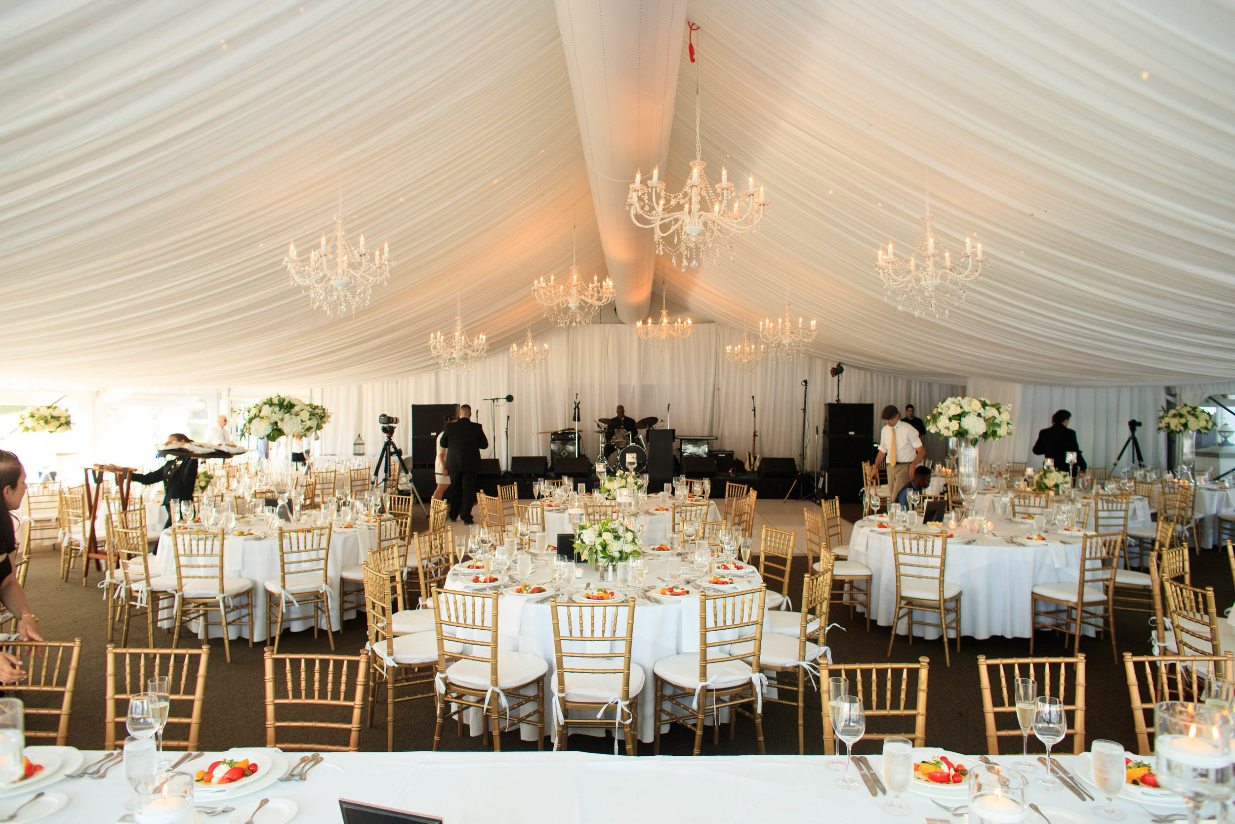 tent wedding at the Sagamore