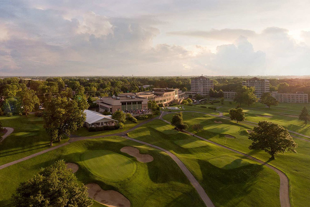 EAGLEWOOD RESORT & SPA - Chicago, IL • 295 Keys • Hospitality • Acquired 2000