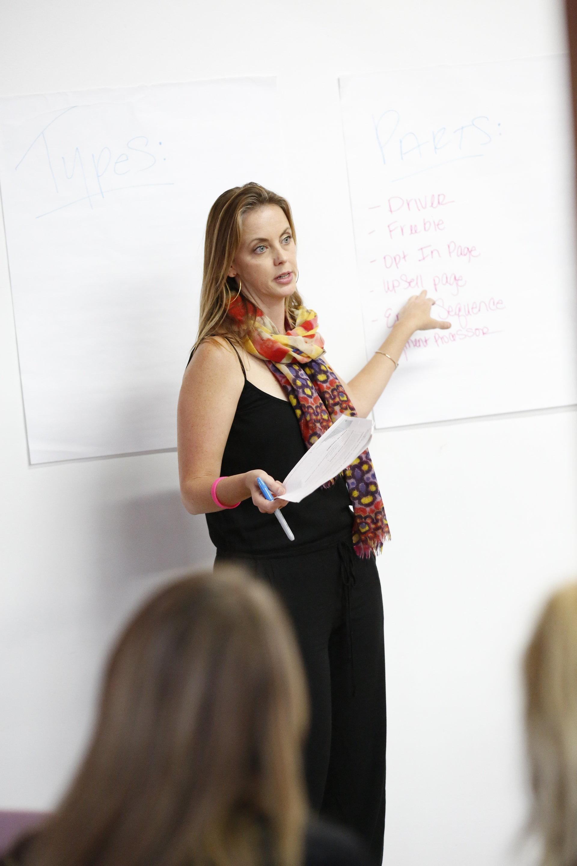 zohe felici | expert speaker | event planner | business coach | event-preneur | zealous event-preneur | Tai Kerbs