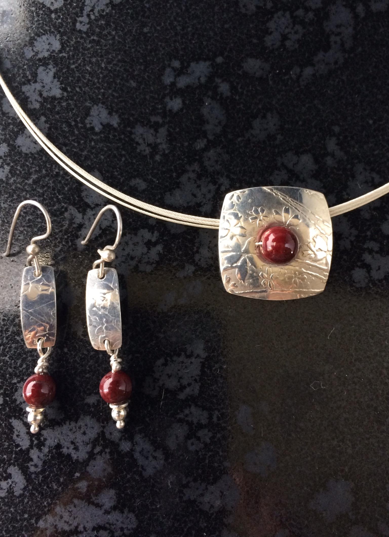 Silver & Red enamel beads set 2014