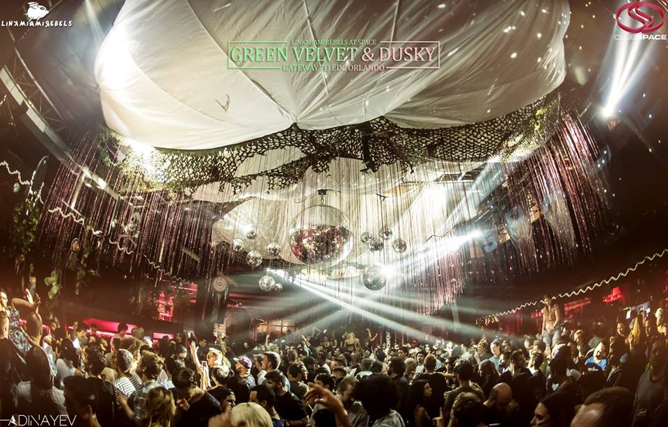 Green Velvet & Dusky / October 22