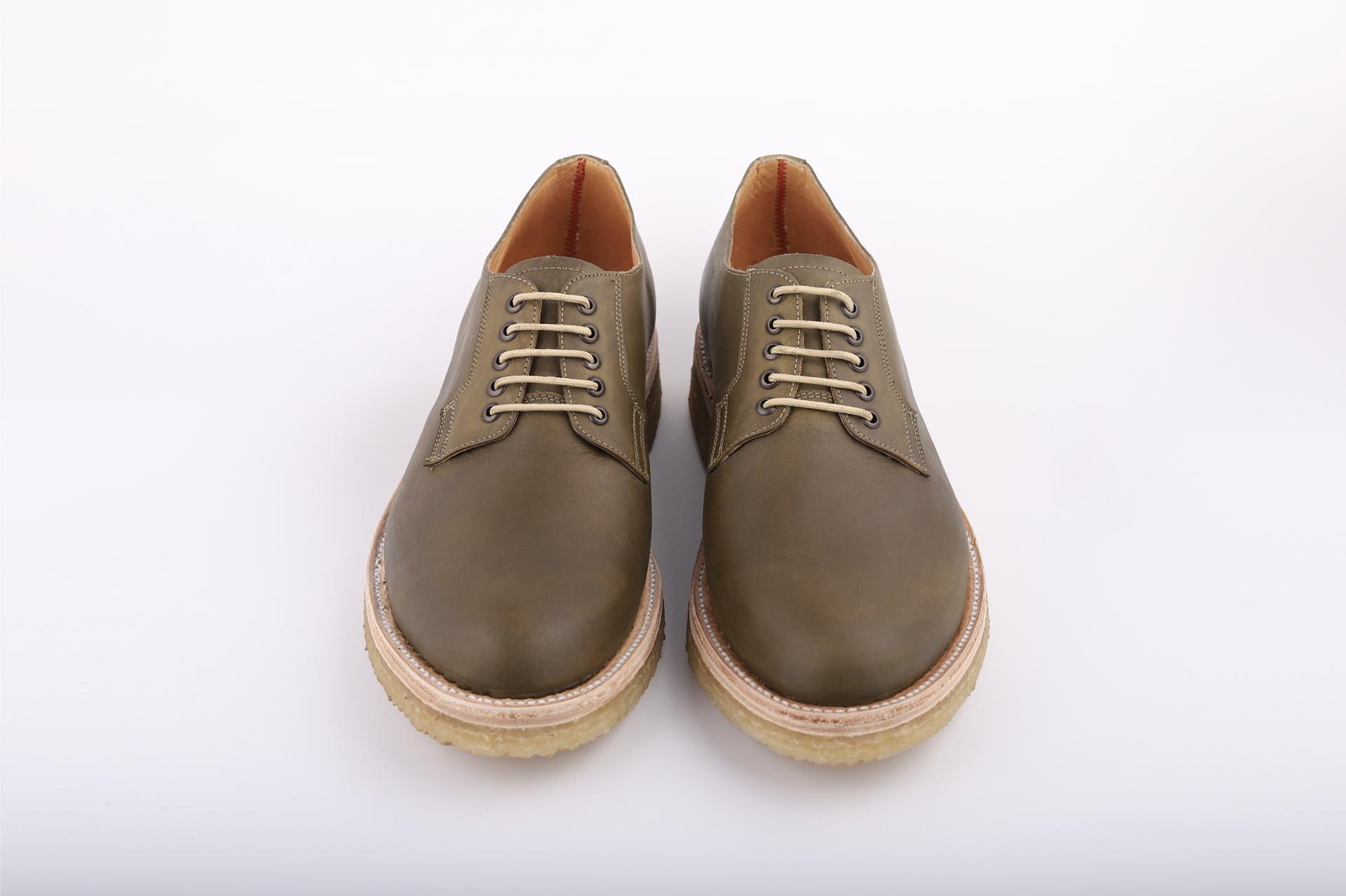 miles-and-louie-zapato-blucher-hombre-mujer-piel-suela-crepe-coleccion-primavera-verano-2019-summer-collection-viaje-vacaciones-spring.png