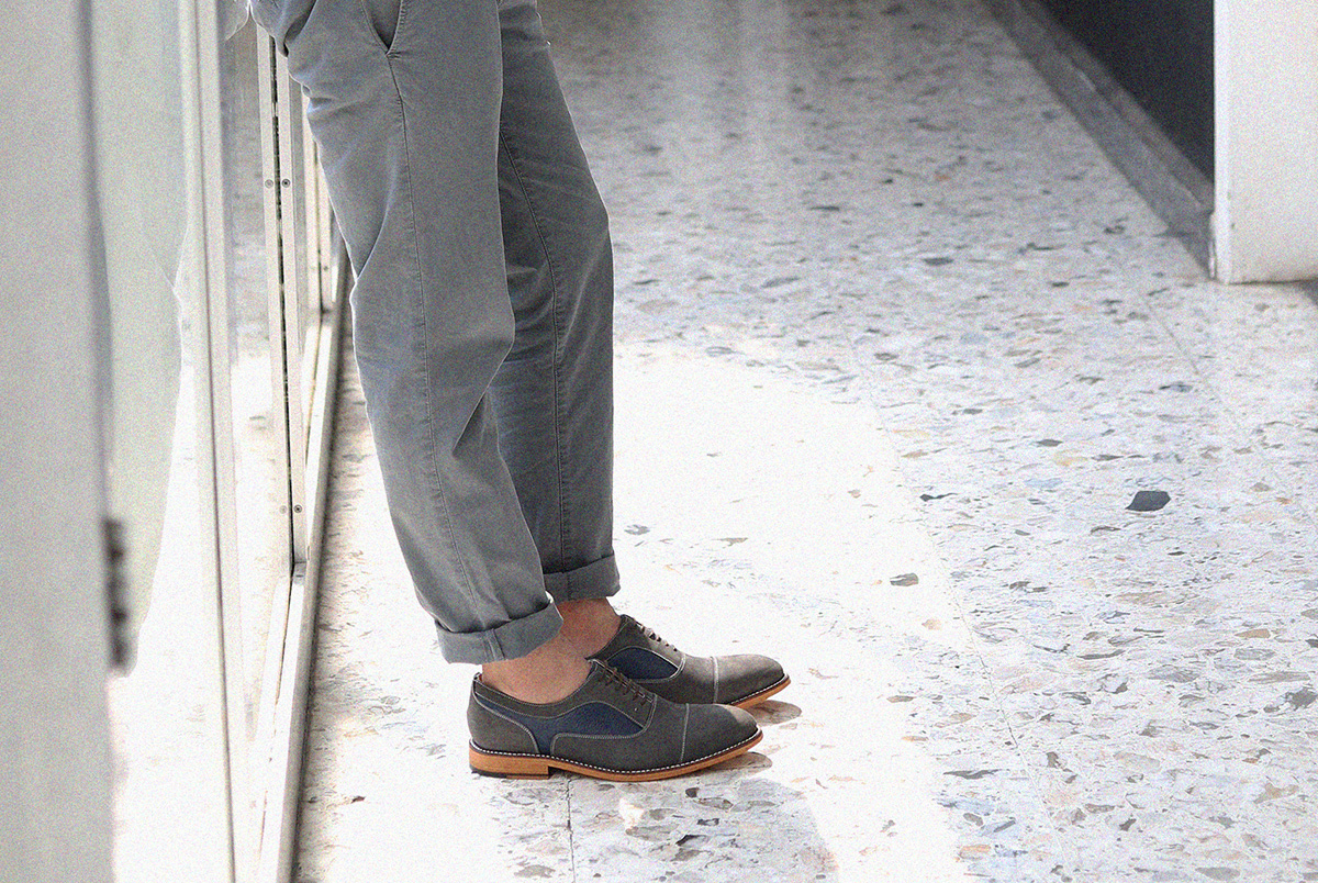 miles_louie_coleman_oxford_grey_nubuck_detail.jpg