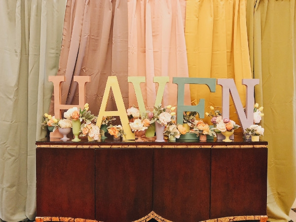 Haven is a yearly design and DIY blogging conference.