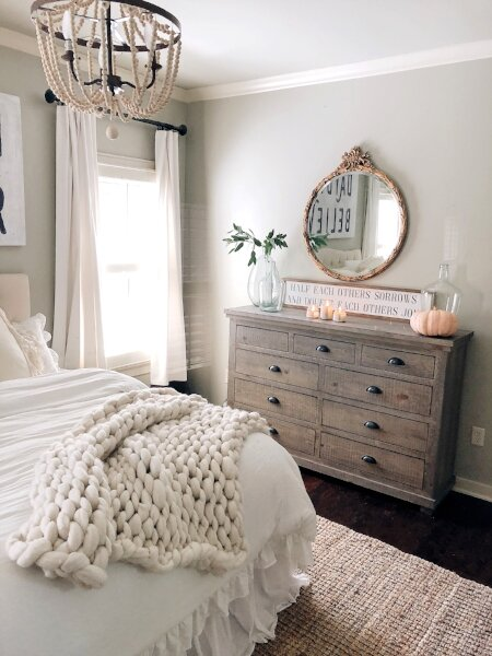 bedroom+++candles.jpg