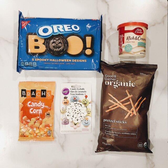 ingredientsforspidercookies.JPG