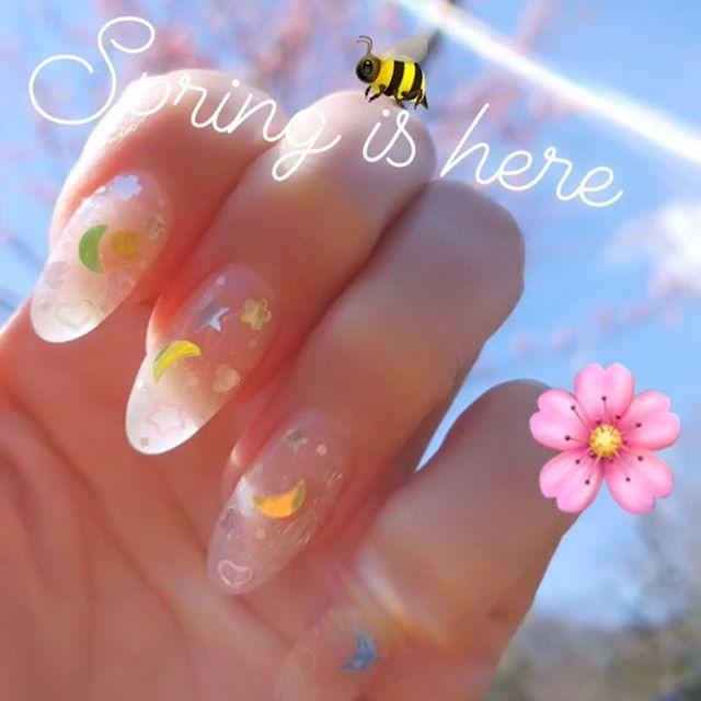 Finally #spring 🇯🇵🌸🌞🍏🍓🍑🍙#ネイル
