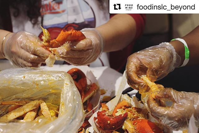 @foodinslc_beyond could be our spokesperson! Much appreciated 🙏🏻 —————————————————— When visiting New England, you've got to get seafood! Loui Loui does it right 😍 Their seafood, sauces, sides & fun adult-Capri-suns were all SO satisfying!