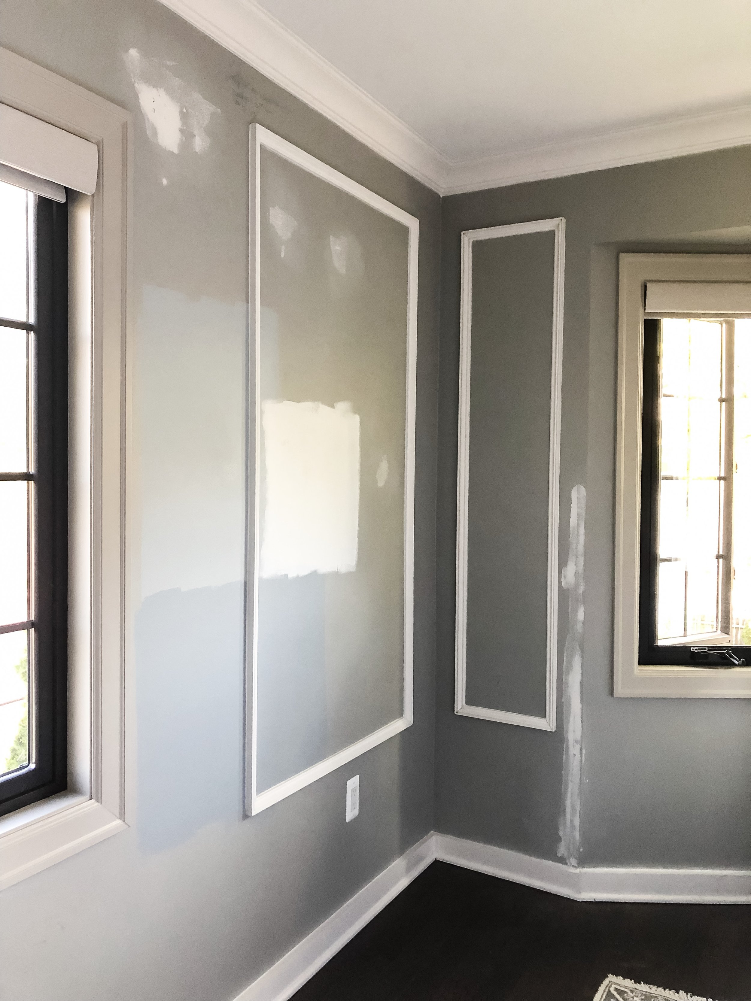 Picture-Moldings-Wall.JPG