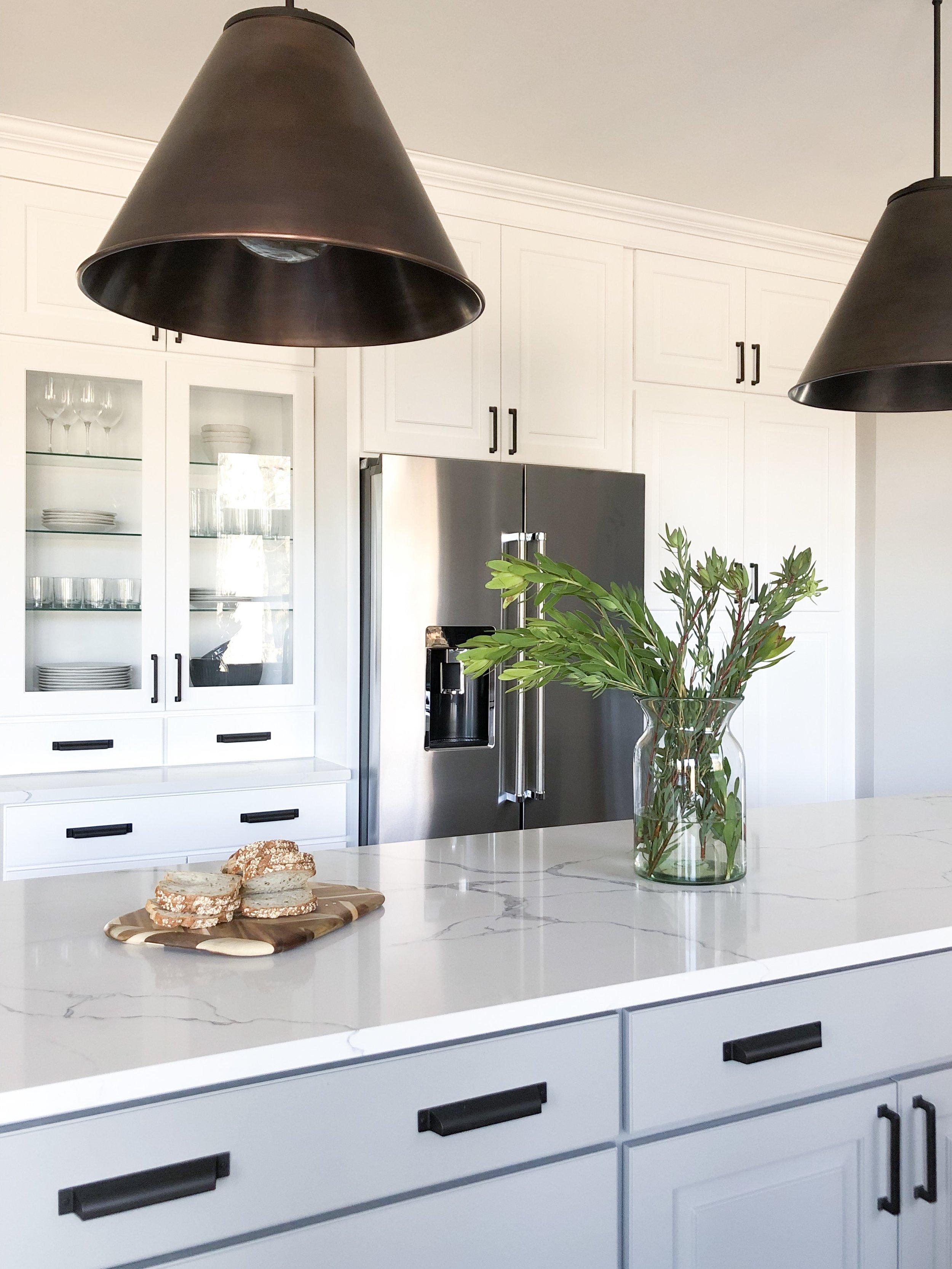 Quartz-Countertops-Large-Island-Kitchen.JPG