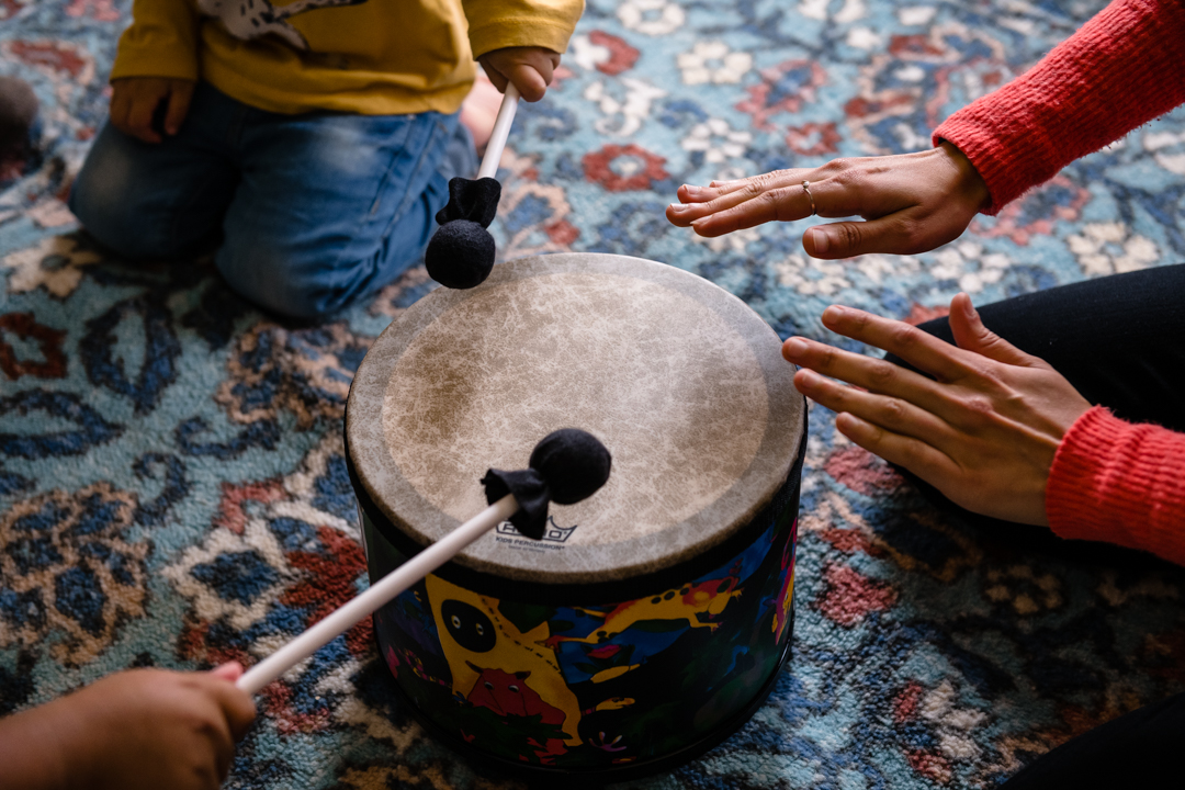 I offer multilingual group music classes for little ones and their caregivers on Tuesdays at 11am at Noe Valley Ministry (1021 Sanchez Street). - Come join us for joyful music and movement in Spanish, French and more!$20 drop-in fee for 40 minute class