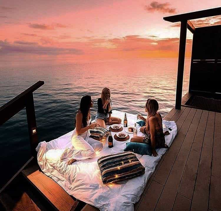 friends picnic sunset.jpg