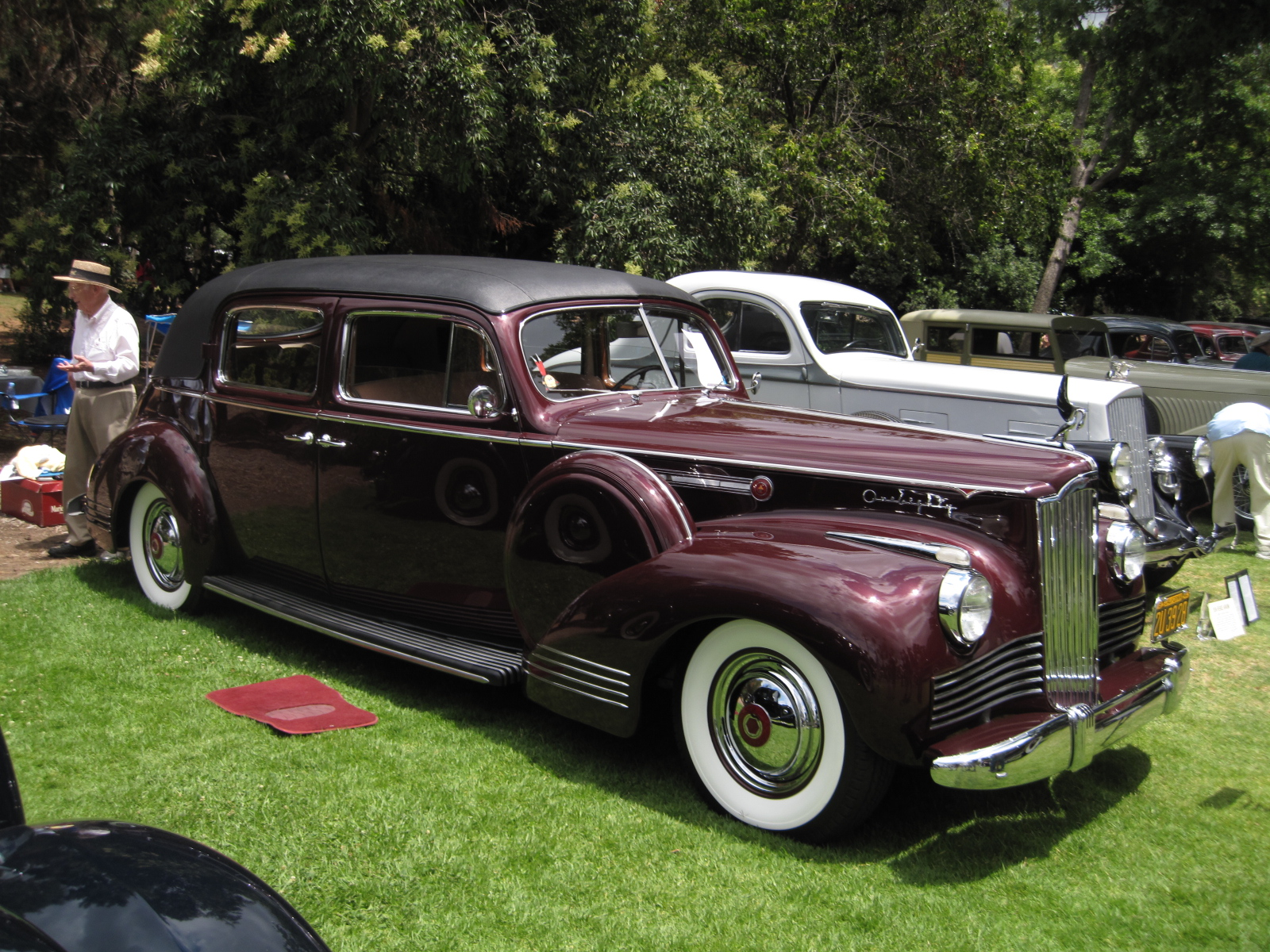 1942 Packard 2007 Formal Sedan Neil Torrence.JPG