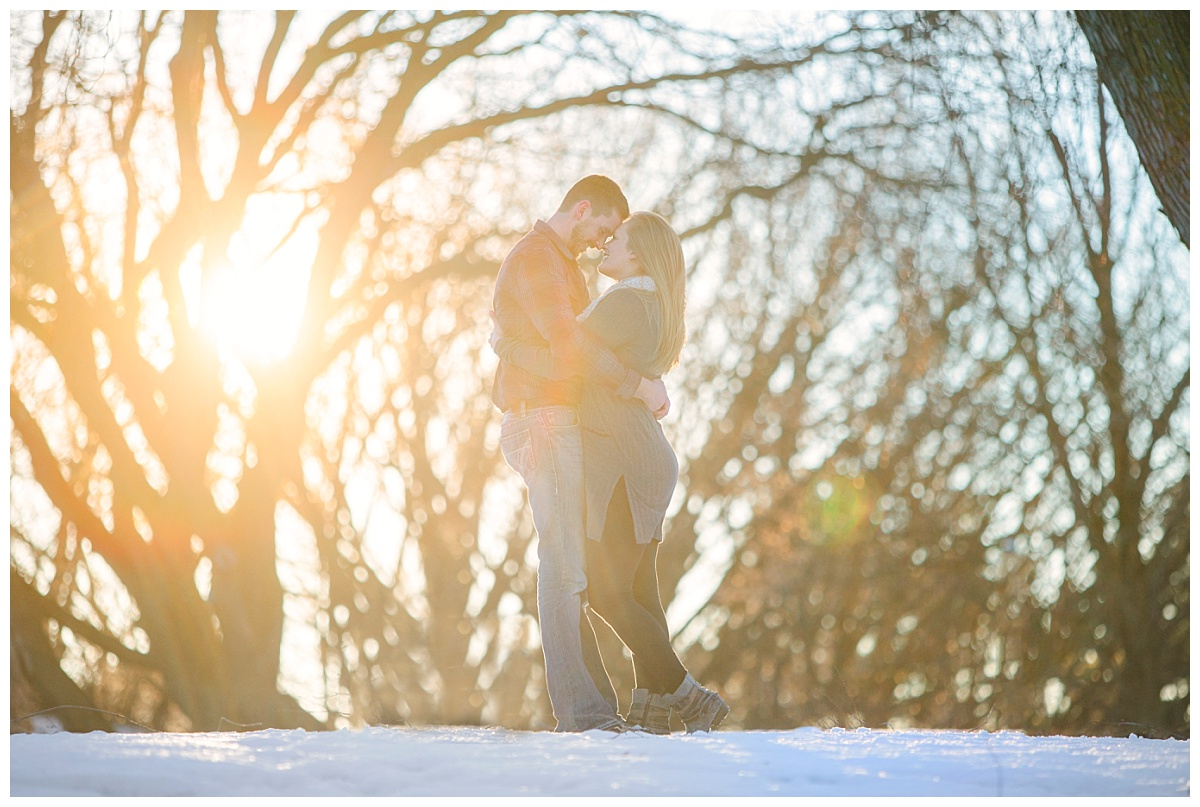 bphotography_winter_siouxfallsweddingphotographer_halfbakedengagementsession_0014.jpg