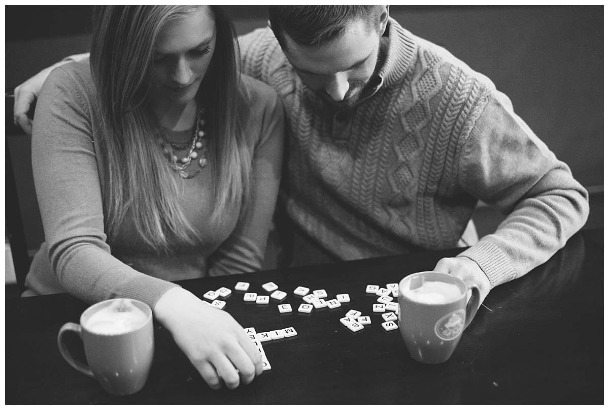 bphotography_winter_siouxfallsweddingphotographer_halfbakedengagementsession_0023.jpg