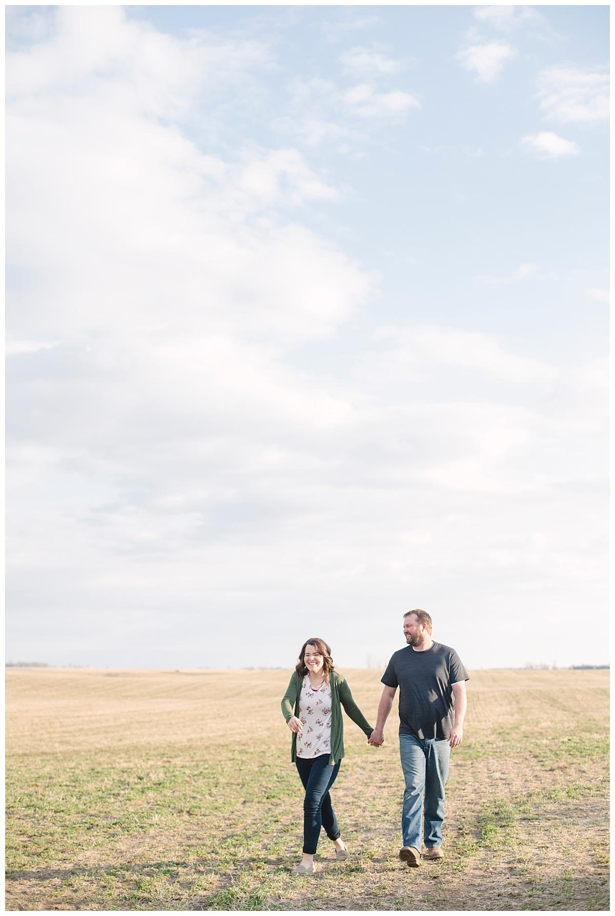 FarmEngagement_BethanyMelvinPhotography_SouthDakota_0008.jpg