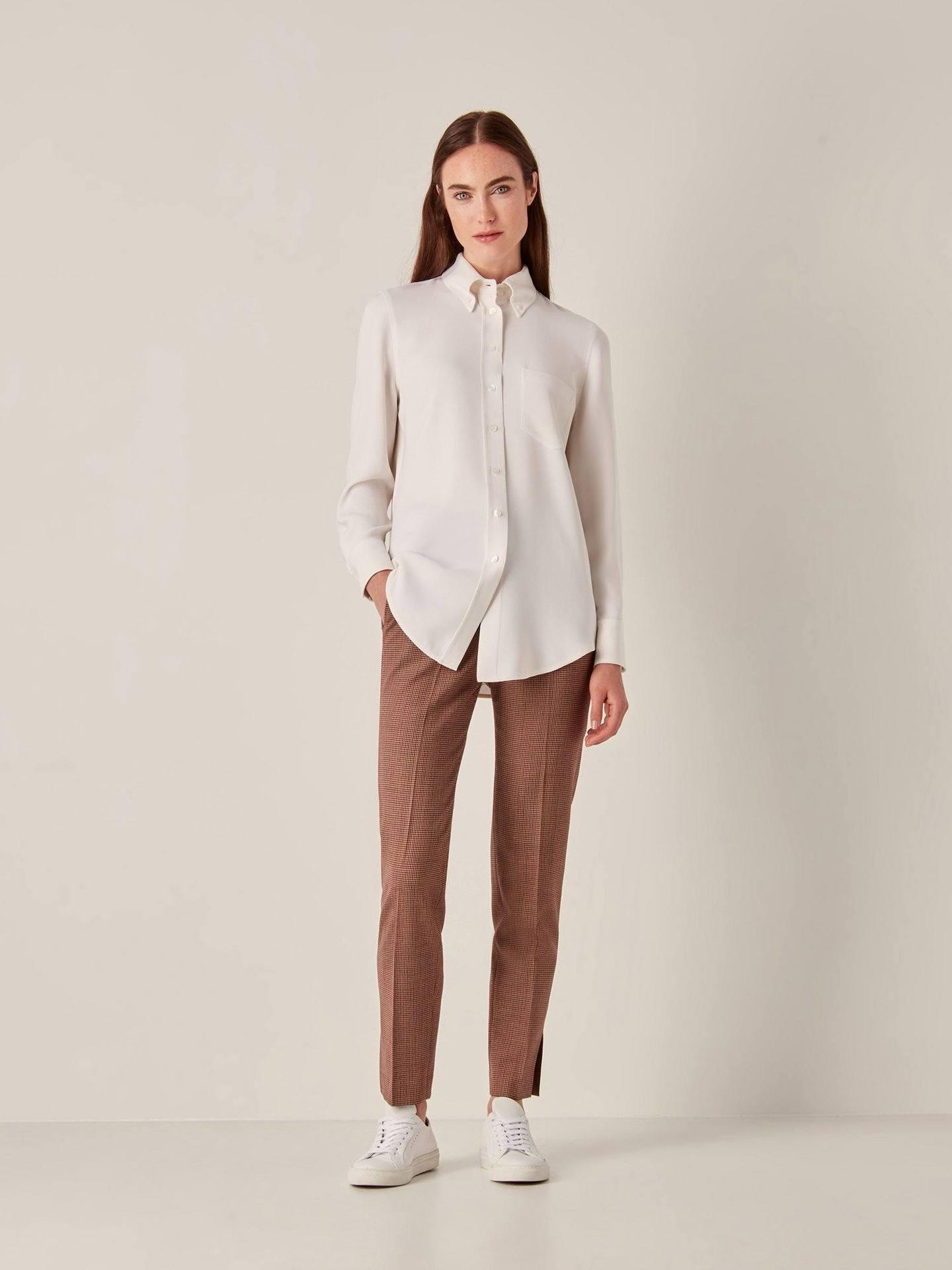 tate-blouse-offwhite-takashi-pant-brickred-hero-2018_06_28_J_C20092_1440x.jpg