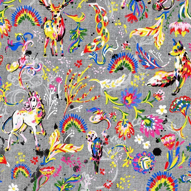 Playing around with something new today...woodland, folk, unicorn, paint...——————— #patternstate #printandpattern #surfacedesign #repeatpattern #unicorns #woodland #folk #painted