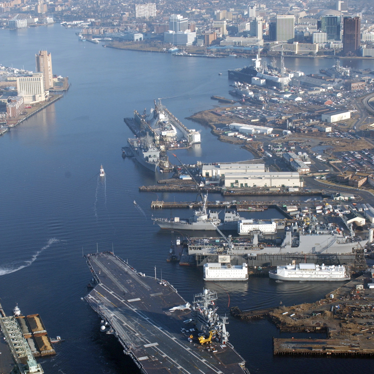 Elizabeth River dividing Portsmouth and Norfolk, Virginia. (U.S. Navy/ Public Domain)