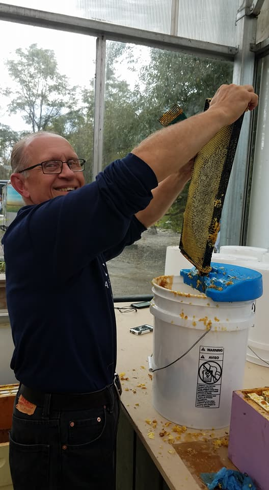 Steve mastered the uncapping process with a smile.