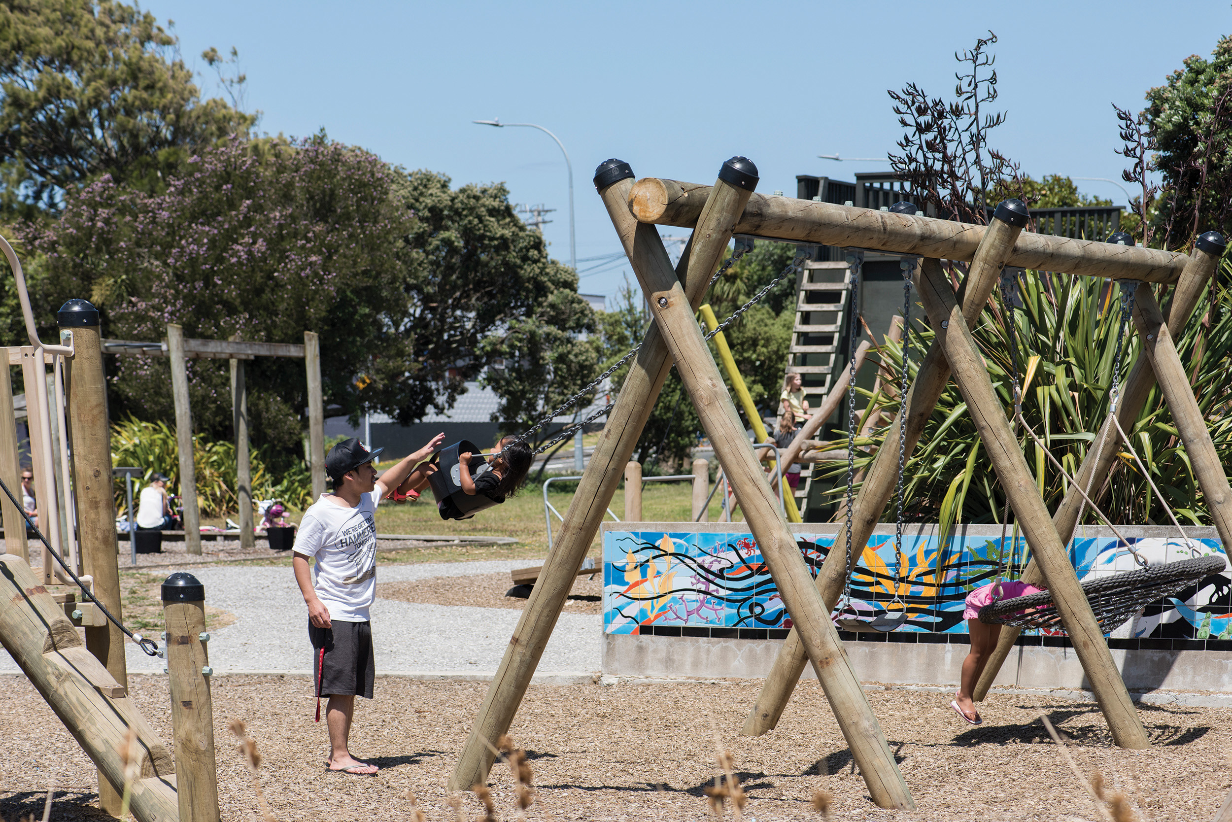 ONEHUNGA BAY RESERVE IS JUST OPPOSITE WITH A FABULOUSLY FAMILY FRIENDLY PARK.